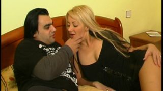 video d'un couple amateur tres hard à l'hotel