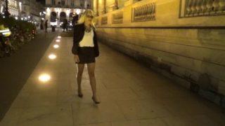 Capucine dans une video de cul parisienne
