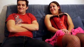 la video coquine d'un jeune couple amateur