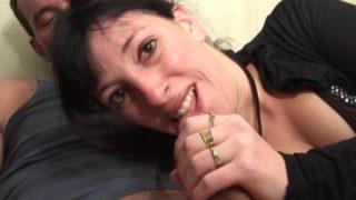 gouter à sa premier double penetration à 32 ans