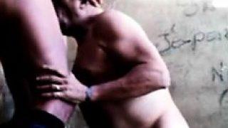 amateur gay français taille une bonne pipe
